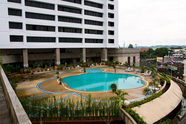 โรงแรมธรรมรินทร์ ธนา (Thumrin Thana Hotel)